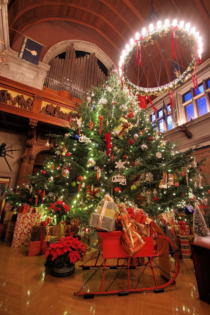 Christmas at Biltmore House 2016 Giant