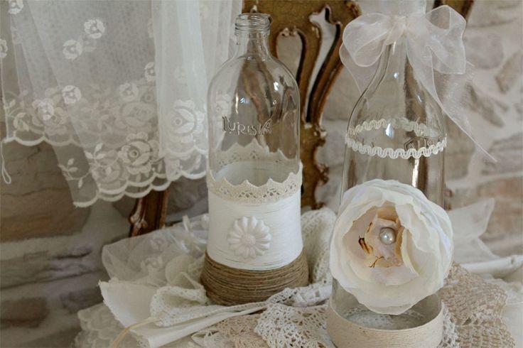 Oltre 25 idee originali per decorare bottiglie su - Bottiglie vetro decorate ...