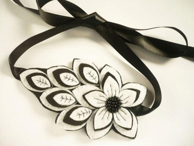 Felt flower headband in white and black, Felt Woman Headband, Felt Headband, Headband Woman, Headband Girl