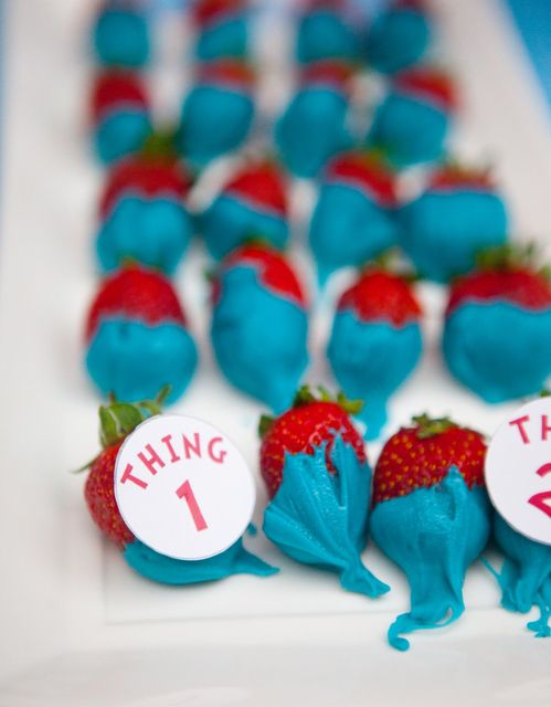 Chocolate dipped strawberries at a Dr. Seuss Party #drseuss #strawberries