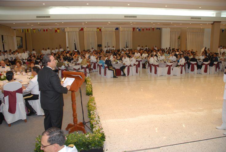 El gobernador Javier Duarte de Ochoa asiste a Cena-Baile de Gala con motivo de la Graduación de los Cadetes de la Heroica Escuela Naval Militar, Generación 2006-2011.