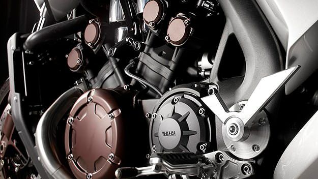 Moto Yamaha V-Max
