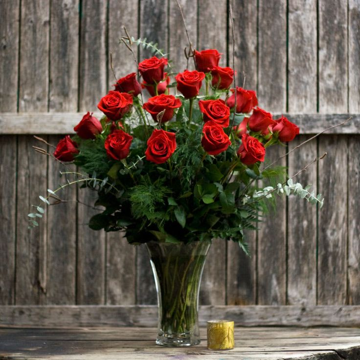 Two Dozen Red Roses in 2020   Valentines red roses, Red rose bouquet, Flower delivery