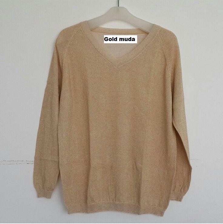 #Sweater Gliter Import Lengan Panjang (B082) ~ 125ribu. Warna : Gold muda Bahannya bagus & halus #Bahan rajut. Ukuran : One Size/All size. Fit sampe ukuran XL (LD = 104cm, Pjg baju 60cm)