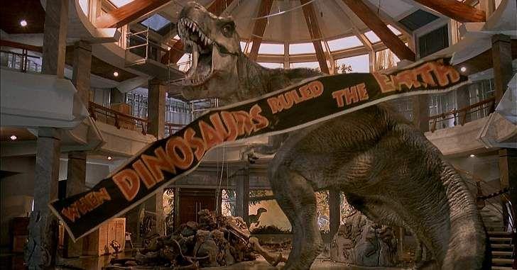 Pouco se sabe sobre a continuação ainda sem nome de Jurassic World: O Mundo dos Dinossauros, visto que as informações sobre o filme são escassas. Entretanto, o produtor Collin Trevorrow confirmou que Rexy estará de volta no novo filme. Rexy é aTiranossauro Rex mais popular da franquia Parque dos Dinossauros, aparecendo desde o primeiro filme, …
