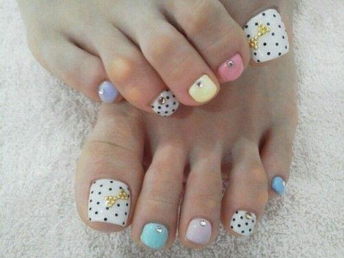 Nail art sur les pieds - Le blog d'la petite Eva ♥                                                                                                                                                                                 Plus
