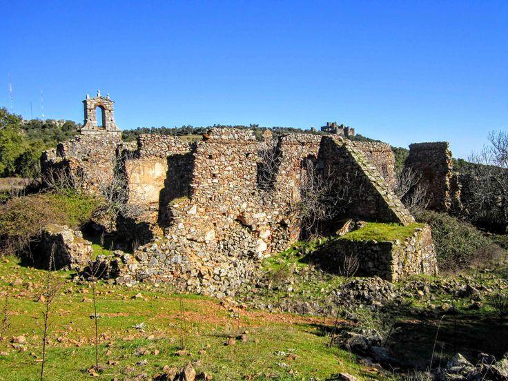 Convento franciscano de Santa María de Jesús en Salvatierra de los Barros. #Convento #Convent #ruinas #Ruins #Art #Arte