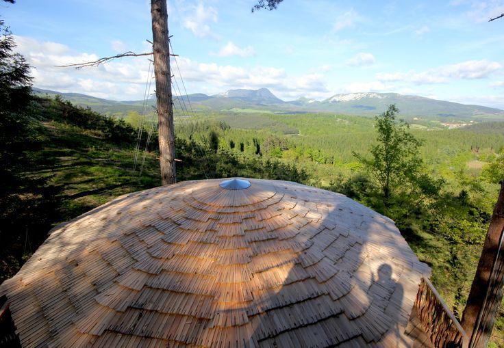 12 best images about caba as en los arboles vistas on - Cabana txantxangorria ...