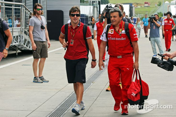 """Alonso:""""I'm hoping Kimi can at least make Q3 this weekend!"""""""