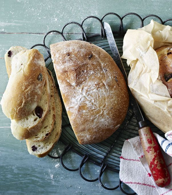Sun-dried tomato and olive bread - Paul Hollywood