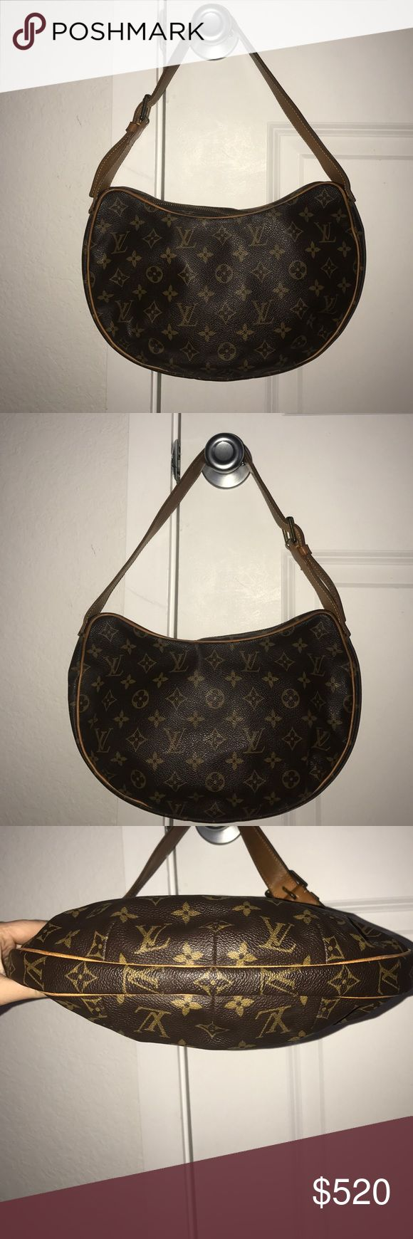 louis vuitton croissant mm Beautiful louis vuitton croissant mm is in good condition the piping around bag is good no tearing or scuffs the gold hard ware has discoloration and the straps have darkend from use of wear but over all in really good condition comes with dust bag Louis Vuitton Bags