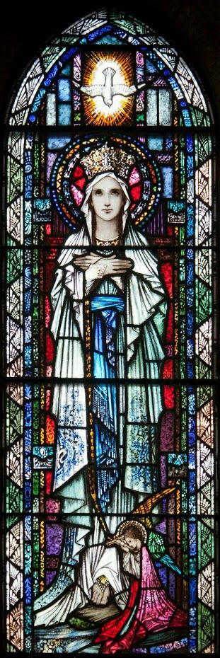 Stained glass of Mary Queen of Heaven.