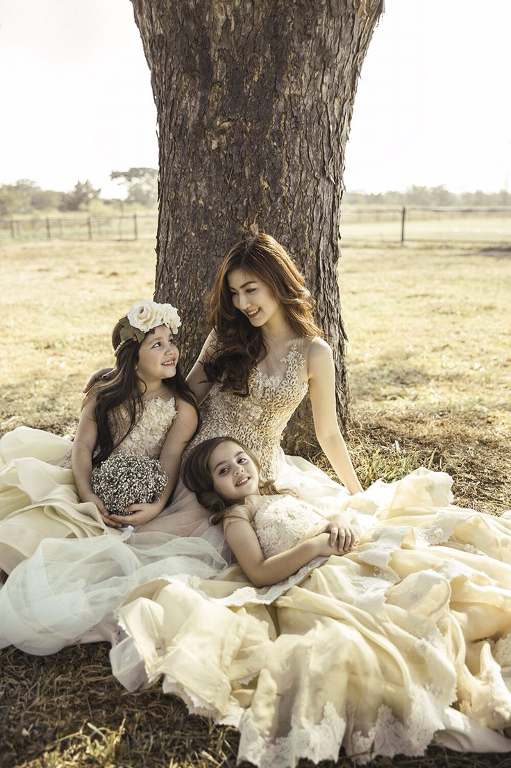 MAXX BRIDE December Issue 2014 // photographer Sharon Angelia // model Silvia Siantar and One Model Kids Agency // makeup Malva // wardrobe Sposarika and Cheryl Kids Fashion