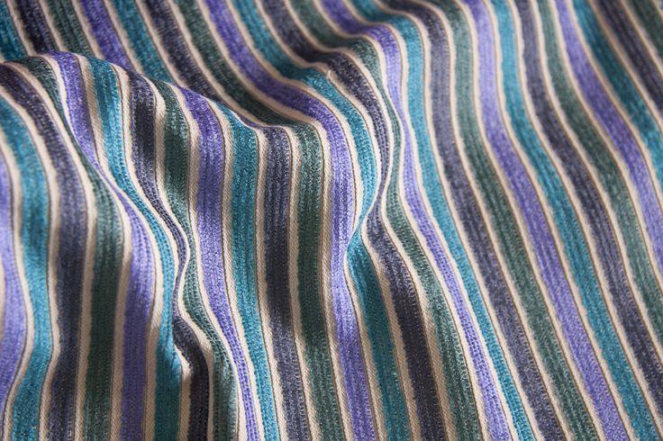 SHINE L1394 03 Состав – 75% PL, 21% AC, 4% VI, ширина – 138/140 см, вес – 480 г/м².   #interiorfabrics #джакард #тканинадлямеблів #тканидлямебели #shine #striped