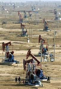 Oil rigs near Wichita Falls, TX