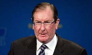 Federal director of the Liberal party Brian Loughnane, and husband of Peta Credlin, is resigning after serving in his role for 12 years.