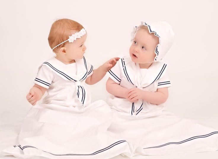 Grace of Swedens Dopklänning i sjömansstil passar lika fint till pojkar och flickor.