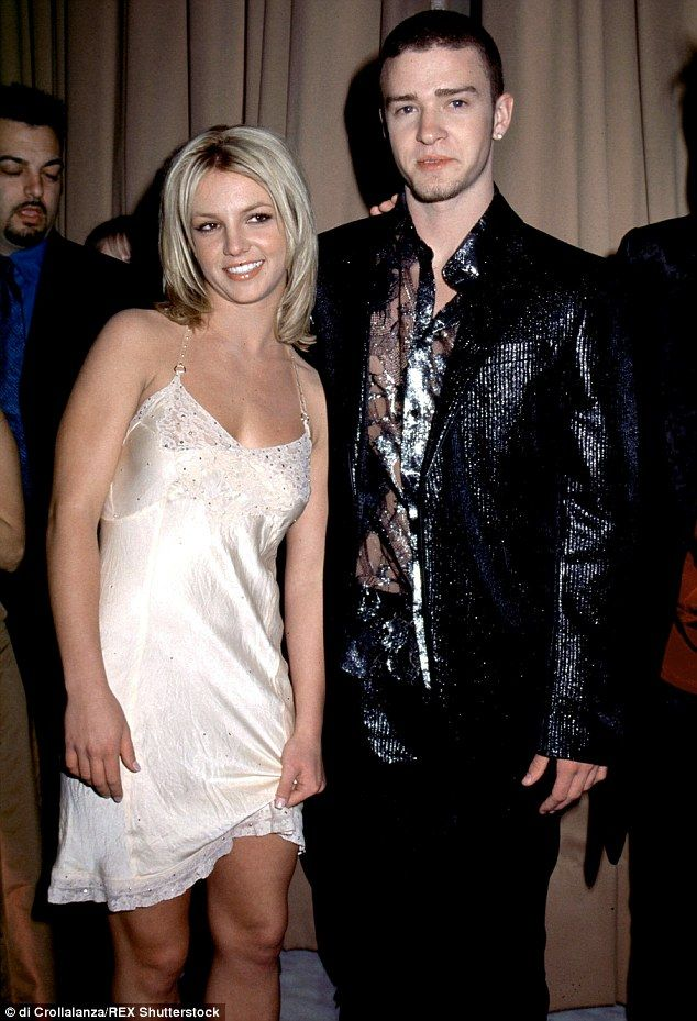 2b8858c400000578 3205261 longtime celebrity twosome timberlake and spears seen here in ap m 84. Black Bedroom Furniture Sets. Home Design Ideas