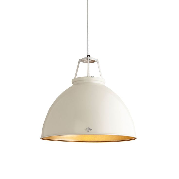 An original 1940s design, frequently seen in factories and industrial units of the period, the Titan is supplied with armour steel braided cable and with a choice of contrasting coloured interiors. There is an optional etched glass visor which helps prevent glare and provides a softer, more diffused light.