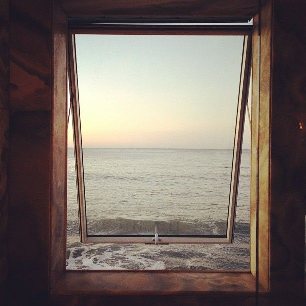 makes me cry #window #ocean
