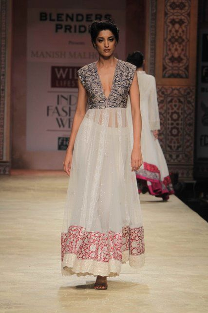 Wills Lifestyle India Fashion Week 2012 (2)