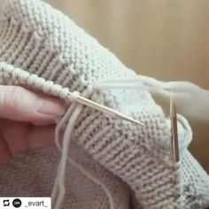 Спасибо очень большое автору: @_evart_ • • • Полезности пост,очень давно не было Кетлевка низа изделия. #вязаниеназаказ #вязание #iloveknitting #knitforkids #knit_love #knitting_inspiration