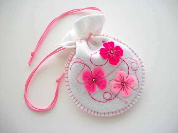 White Gift Bag Felt Jewelry or Compact Pouch with Pink Felt Flowers Handsewn