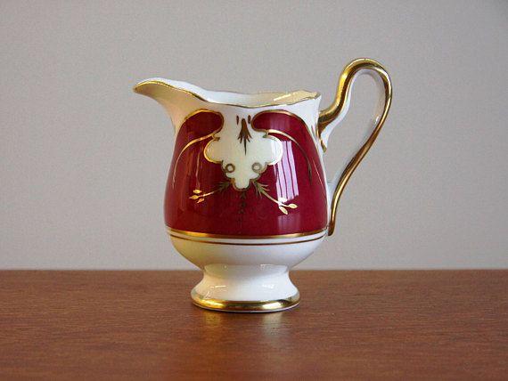Royal Albert Pattern ROA1194 Creamer in Crimson Red RARE