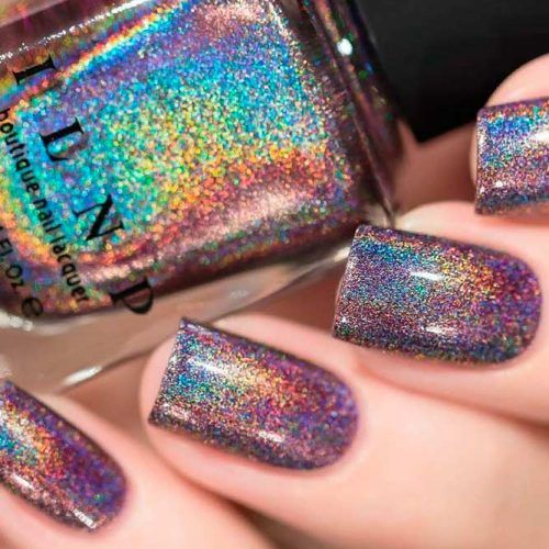 27 Unwiderstehliche holografische Nagellackideen aus den führenden Trends – Claws