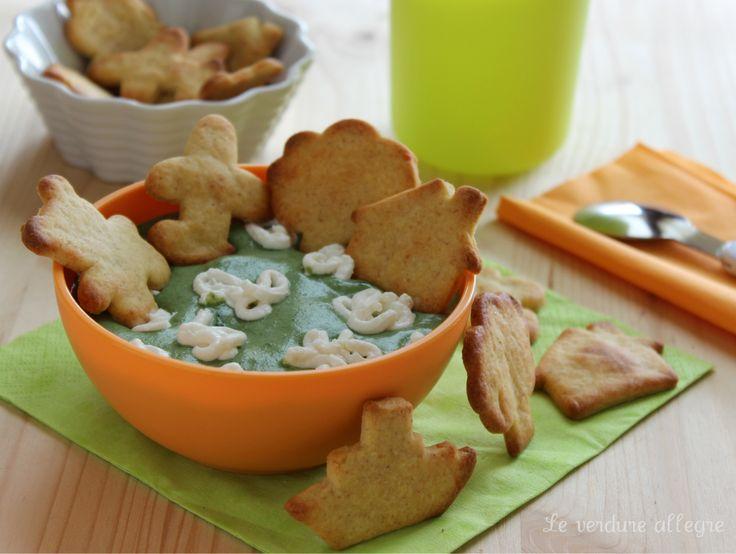 Crema di spinaci con salatini al mais