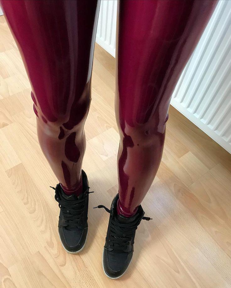 Miss Grey Latex Fashion @missgrey_latexfashion How do you like to wear your latex leggings? Sport... | Yooying