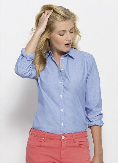 Casual Boss ladies' #button-up tailored shirt in Blue Fil-à-Fil for work or play. This high quality shirt is #fairtrade and made in Bangladesh from #organiccotton.