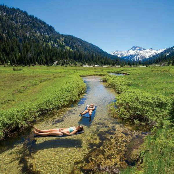 Chilling in Wallowa Forest Reserve, Oregon. This looks like a totally chilled way to spend a summers afternoon.