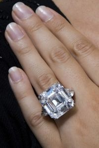 biggest diamond rings in the world - Bing Images
