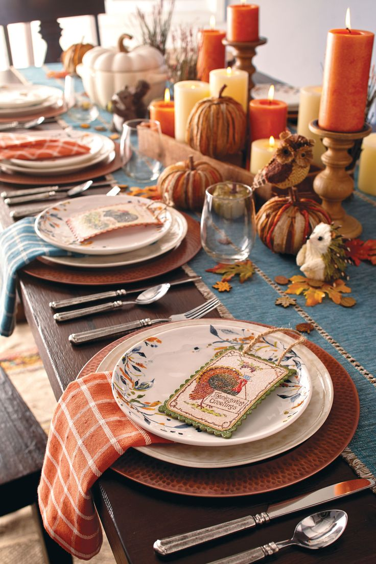 Best 25 thanksgiving table decor ideas on pinterest Decorating thanksgiving table