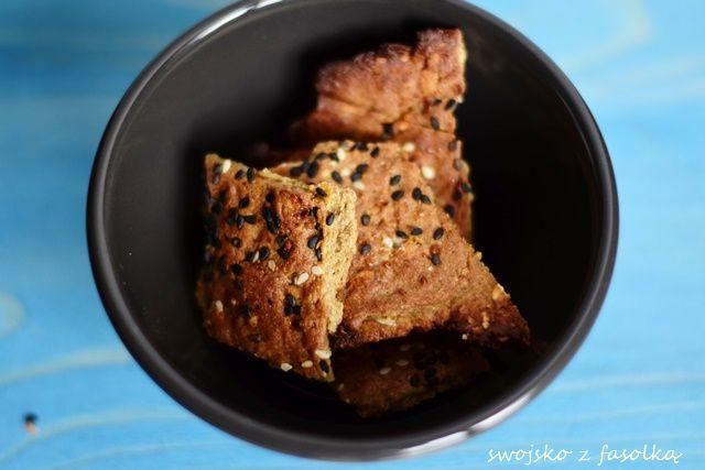 Krakersy słonecznikowo-gryczane z płatkami owsianymi
