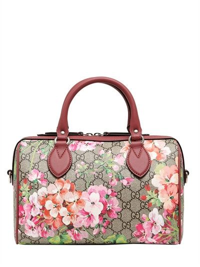 Blooms Print Gg Supreme Top Handle Bag Gucci  Source: http://www.closetonthego.com/e-shop-product/211319/blooms-print-gg-supreme-top-handle-bag/ © Closet On The Go