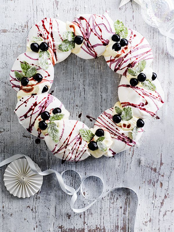 This cassis meringue wreath with champagne cream is a real show-stopping dessert but it's easy to make for the festive season.