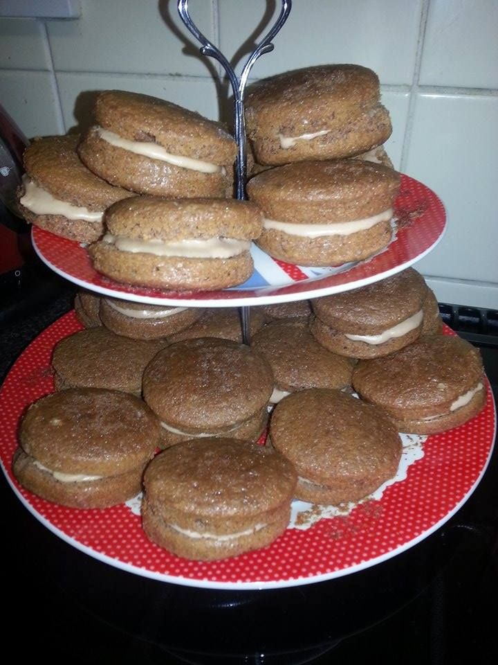 meant to be chocolate whoopies, they did taste ant better than they look ;) #BakeFail