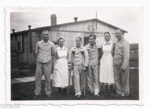Original-Foto-DRK-Krankenschwestern-mit-verletzten-Soldaten-im-Lazarett-1940er