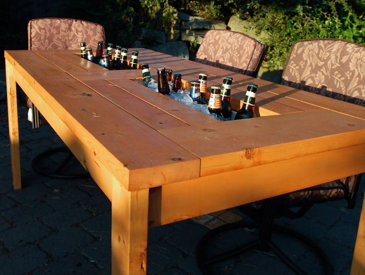 Built-in #cooler in the #outdoor table to enjoy during the #spring