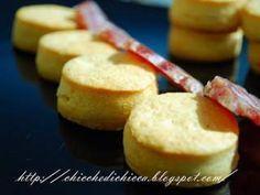 Biscotti al Parmigiano e Peperoncino