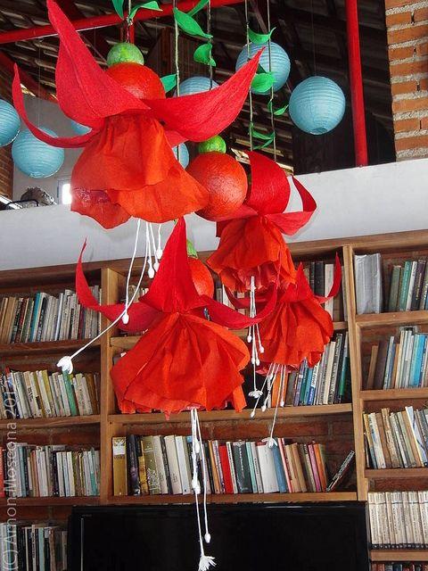 giant paper fusia  tropical wedding