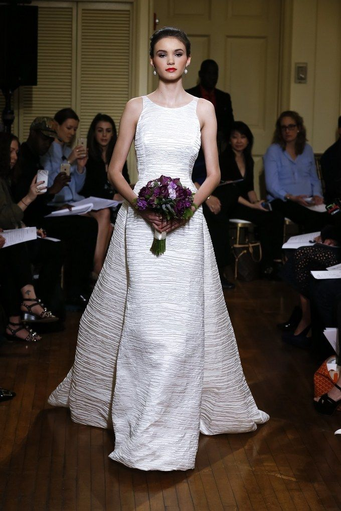 Best This Spanish Bride Is Here to School You in Next Year us Big Wedding Dress Trend