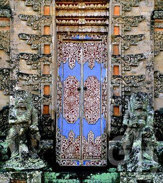 Blue door. Bali