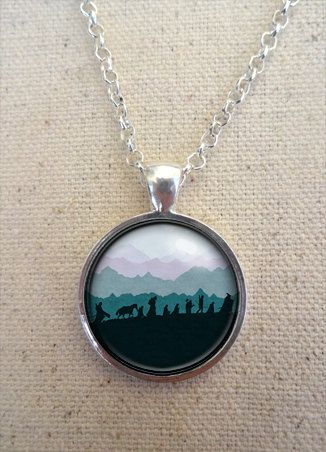 Fellowship Silhouette Necklace - Lord of the Rings Jewelry, Lord of the Rings necklace (idea for embroidery)