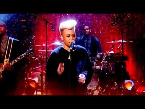 "Emeli Sandé - ""Next To Me"" live on The Graham Norton Show"