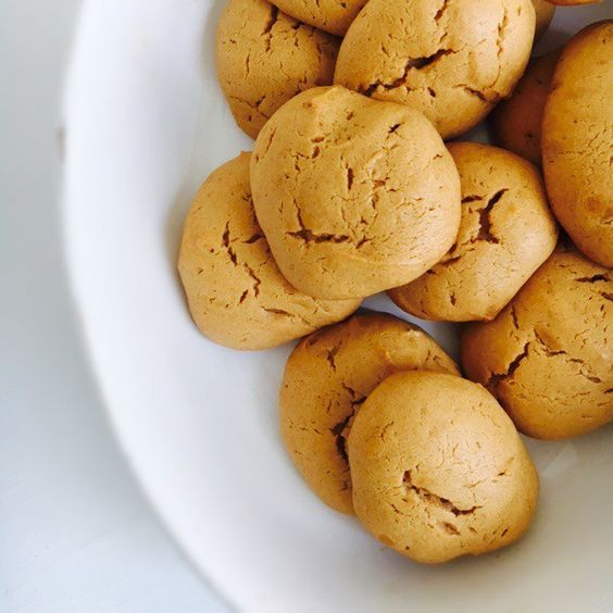 Grain- Free Peanut Cookies  A delicious gluten-free and dairy-free cookie. High in Protein with no refined sugars! Only 4 ingredients!