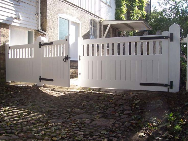 Building A Driveway Gate For A Wood Fence Woodworking