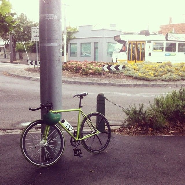 matelkan I made it. Spotswood to South Melbourne, through the wind, the rain and the misery. Time for my site meeting, before I have to go home again. #cellbikes #cellmessenger #justrideit #fixie #singlespeed